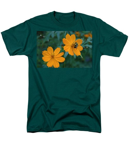 Men's T-Shirt  (Regular Fit) featuring the photograph Bee On Cosmos Flower  by Tom Wurl