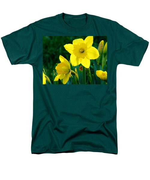 Men's T-Shirt  (Regular Fit) featuring the photograph Daffodils by Sherman Perry