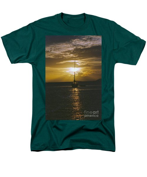 Sailing Sunset Men's T-Shirt  (Regular Fit) by William Norton