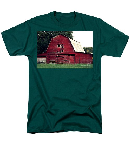 Men's T-Shirt  (Regular Fit) featuring the photograph The Ole Red Barn by Kathy  White