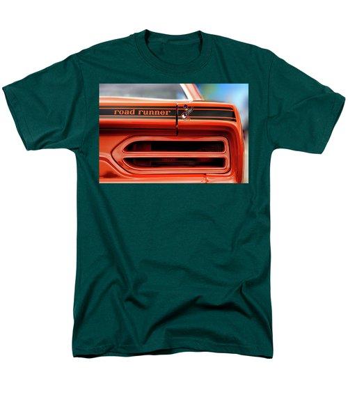 1970 Plymouth Road Runner - Vitamin C Orange Men's T-Shirt  (Regular Fit) by Gordon Dean II