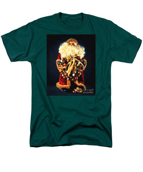 Here Comes Santa Men's T-Shirt  (Regular Fit)