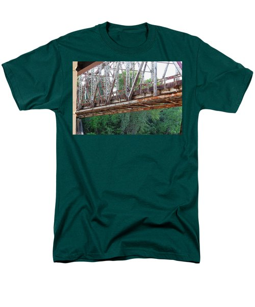 Historic Brazoria Bridge Men's T-Shirt  (Regular Fit)