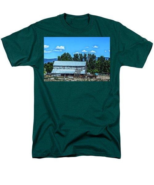 On The Farm Men's T-Shirt  (Regular Fit) by Billie-Jo Miller