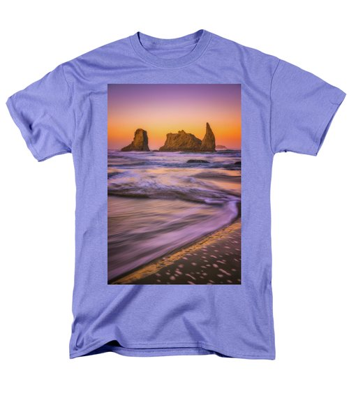 Men's T-Shirt  (Regular Fit) featuring the photograph Bandon's Breath by Darren White