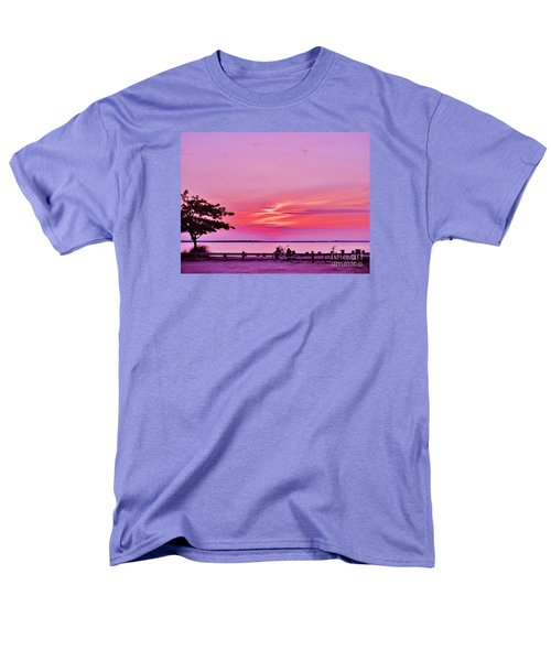Men's T-Shirt  (Regular Fit) featuring the photograph Summer Down The Shore by Susan Carella