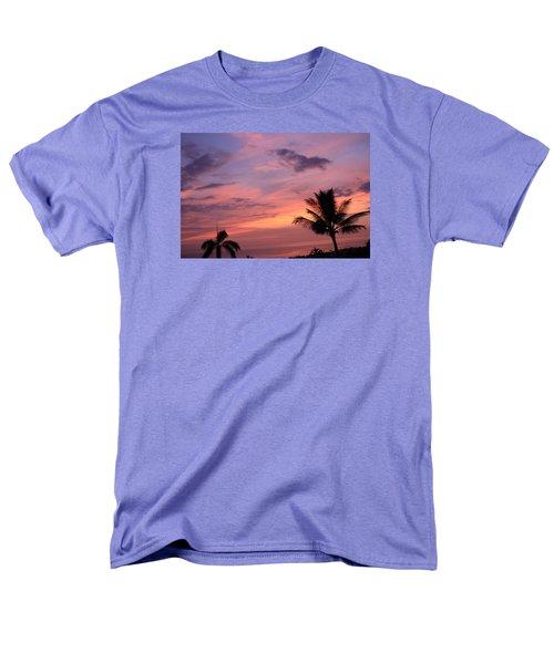 Gorgeous Hawaiian Sunset - 2 Men's T-Shirt  (Regular Fit) by Karen Nicholson