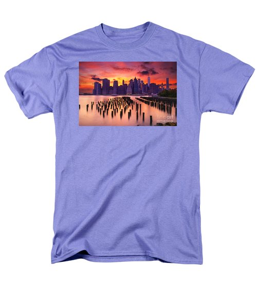 Men's T-Shirt  (Regular Fit) featuring the photograph Manhattan Sunset by Rima Biswas
