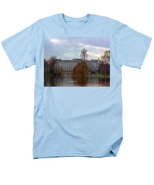 Buckingham Palace Men's T-Shirt  (Regular Fit)