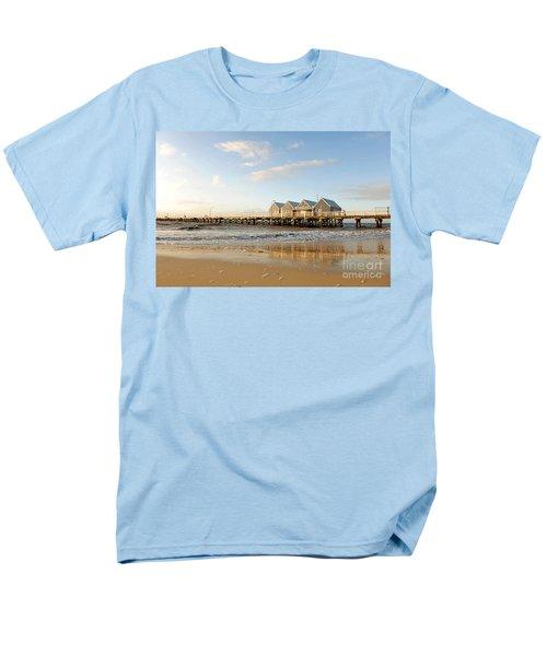 Busselton Jetty Men's T-Shirt  (Regular Fit) by Yew Kwang