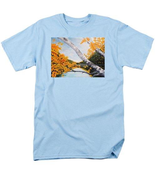 Adirondacks New York Men's T-Shirt  (Regular Fit)