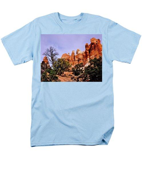 Chesler Park Pinnacles Men's T-Shirt  (Regular Fit) by Ed  Riche