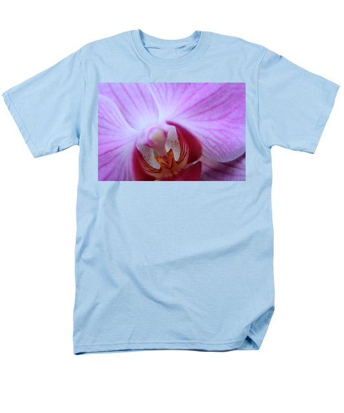 Men's T-Shirt  (Regular Fit) featuring the photograph Close by Greg Allore