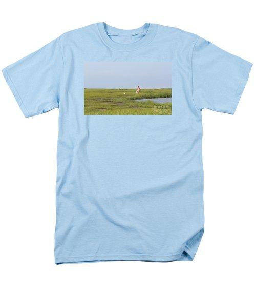 Men's T-Shirt  (Regular Fit) featuring the photograph Crabbing At Mystic Island by David Jackson