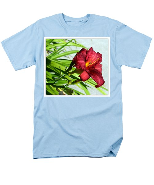 Cranberry Colored Lily Men's T-Shirt  (Regular Fit) by Kay Novy