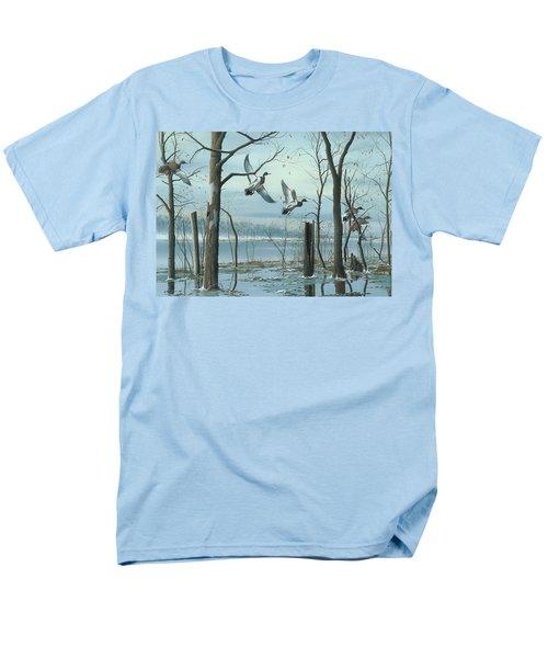 First Snow Men's T-Shirt  (Regular Fit)