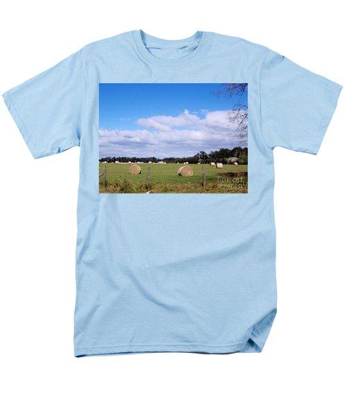 Men's T-Shirt  (Regular Fit) featuring the photograph Florida Hay Rolls by D Hackett