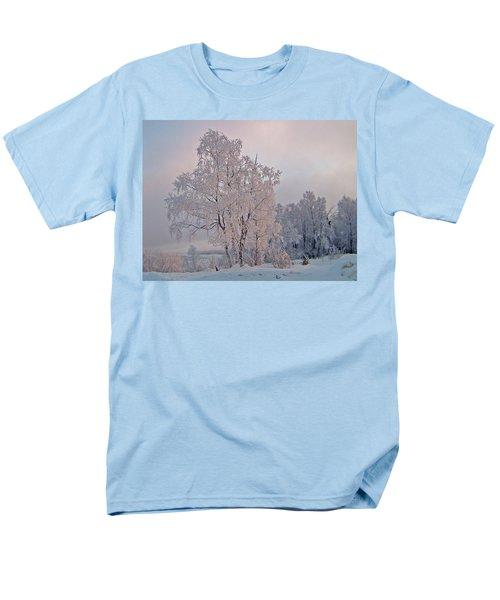 Men's T-Shirt  (Regular Fit) featuring the photograph Frozen Moment by Jeremy Rhoades