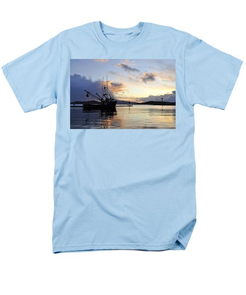 Men's T-Shirt  (Regular Fit) featuring the photograph Leaving Safe Harbor by Cathy Mahnke