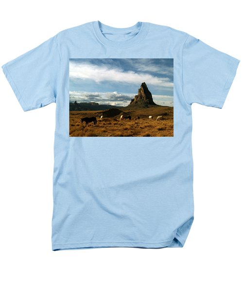 Navajo Horses At El Capitan Men's T-Shirt  (Regular Fit)
