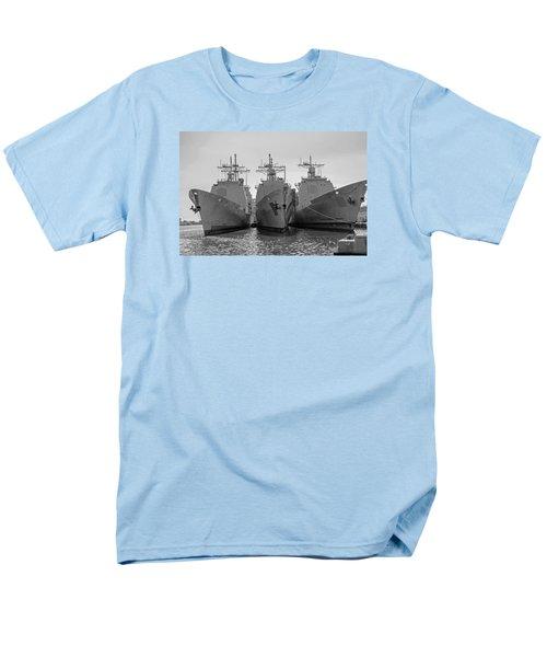 Philadelphia Navy Yard B - W  Men's T-Shirt  (Regular Fit) by Susan  McMenamin
