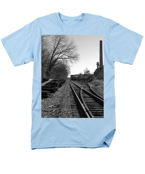 Men's T-Shirt  (Regular Fit) featuring the photograph Railroad Siding by Greg Simmons