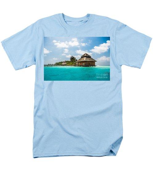 Rannaalhi Men's T-Shirt  (Regular Fit) by Hannes Cmarits