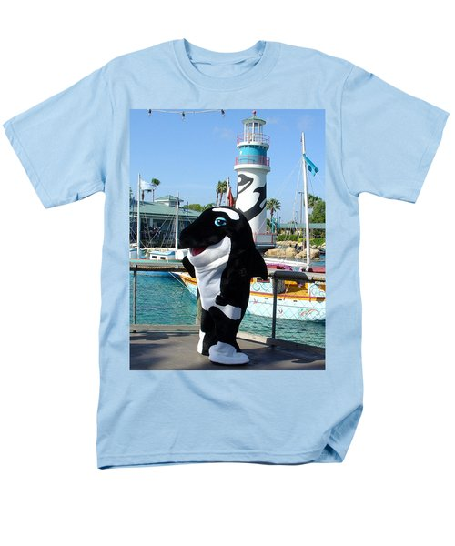 Shamu Men's T-Shirt  (Regular Fit) by David Nicholls