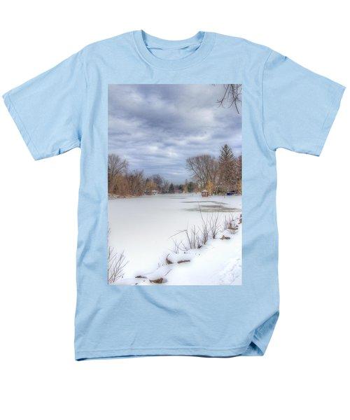 Snowy Lake Men's T-Shirt  (Regular Fit)