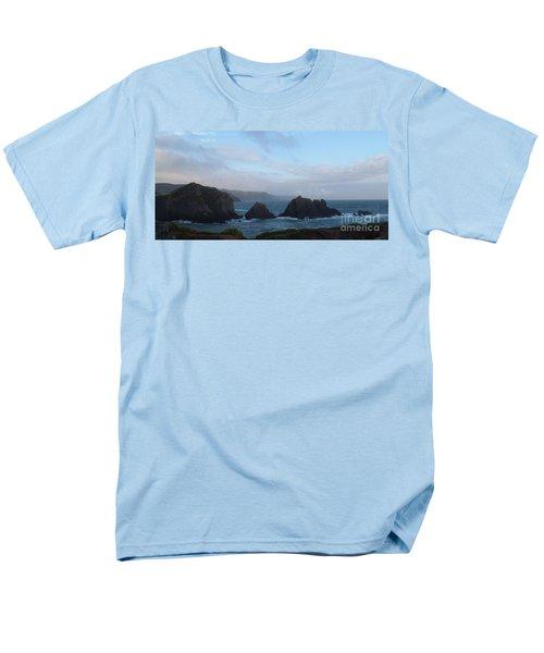 Hartland Quay Storm Men's T-Shirt  (Regular Fit) by Richard Brookes