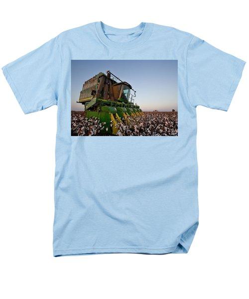 Sunset Pickin' Men's T-Shirt  (Regular Fit)