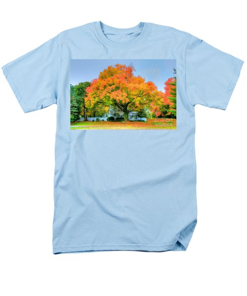 Men's T-Shirt  (Regular Fit) featuring the photograph The Family Tree In Autumn by Robert Pearson