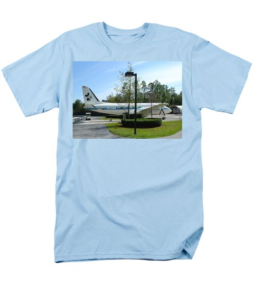 Men's T-Shirt  (Regular Fit) featuring the photograph The Mouse by David Nicholls