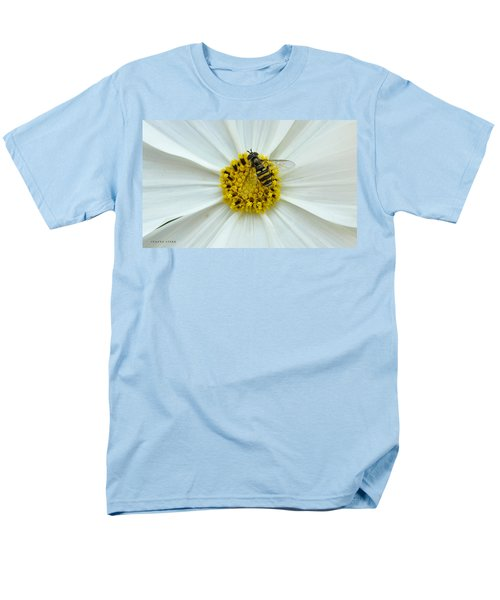 Up Close With The Bee And The Cosmo Men's T-Shirt  (Regular Fit) by Verana Stark