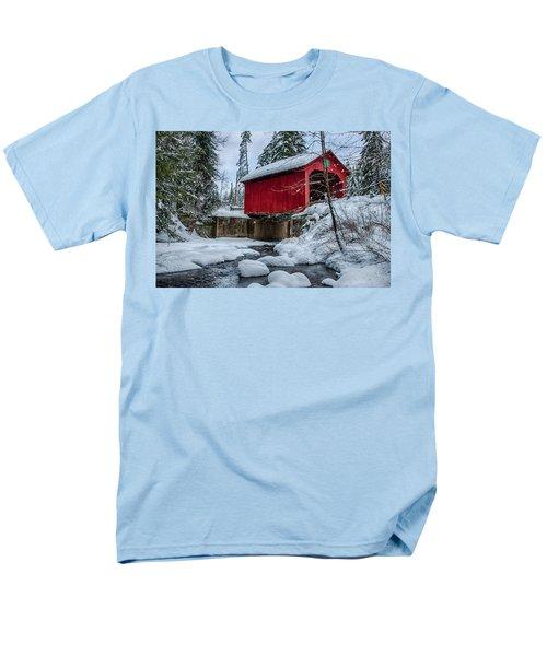 Vermonts Moseley Covered Bridge Men's T-Shirt  (Regular Fit) by Jeff Folger