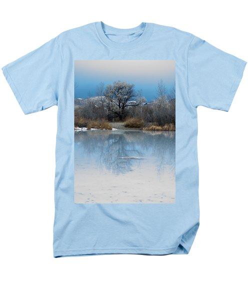 Winter Taking Hold Men's T-Shirt  (Regular Fit) by Fran Riley