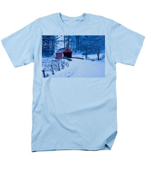 winter Vermont covered bridge Men's T-Shirt  (Regular Fit) by Jeff Folger