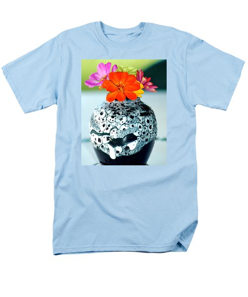 Men's T-Shirt  (Regular Fit) featuring the photograph Zinnia In Vase by Lehua Pekelo-Stearns