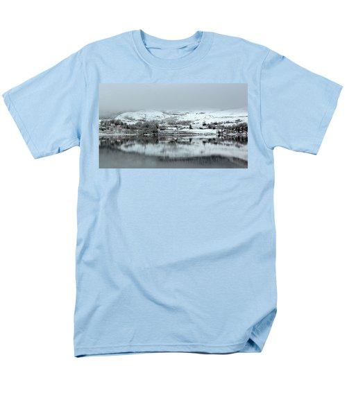 Men's T-Shirt  (Regular Fit) featuring the photograph A Winter's Scene by Lynn Bolt