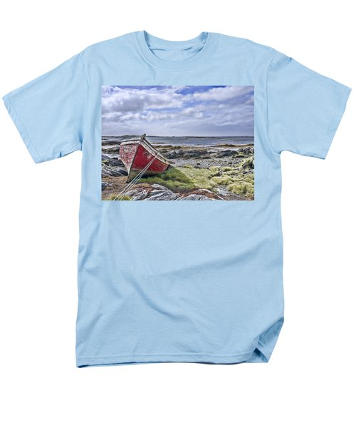 Men's T-Shirt  (Regular Fit) featuring the photograph Boat by Hugh Smith