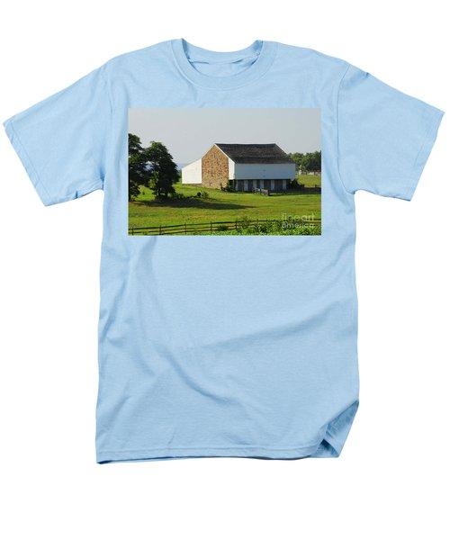 Brian Barn At Gettysburg Men's T-Shirt  (Regular Fit) by Cindy Manero