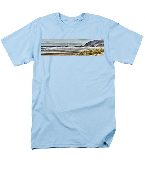 By The Sea - Seaside Oregon State  Men's T-Shirt  (Regular Fit)