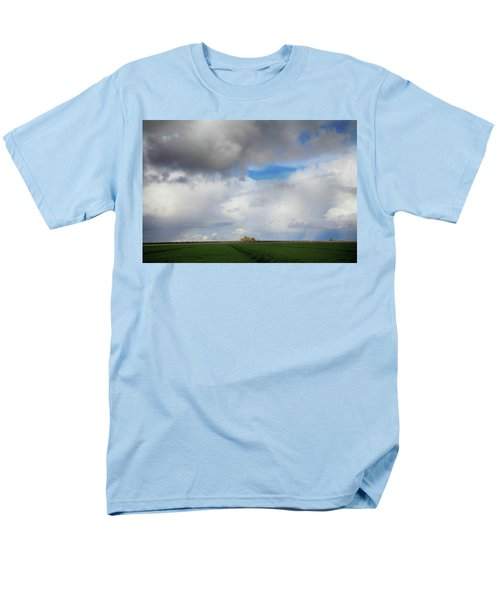 Men's T-Shirt  (Regular Fit) featuring the photograph Skyward by Laurie Search