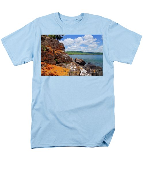 Superior Lichens Men's T-Shirt  (Regular Fit) by Sandra Updyke