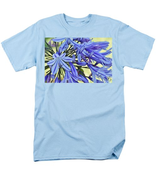 the lily of the Nile... Men's T-Shirt  (Regular Fit) by Werner Lehmann