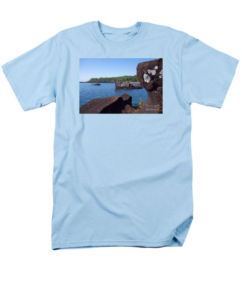 Men's T-Shirt  (Regular Fit) featuring the photograph A Superior View by Sandra Updyke