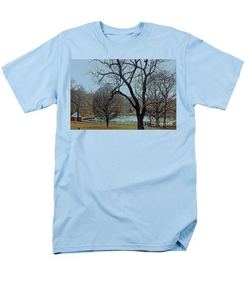 Men's T-Shirt  (Regular Fit) featuring the photograph Afternoon In The Park by Sandy Moulder
