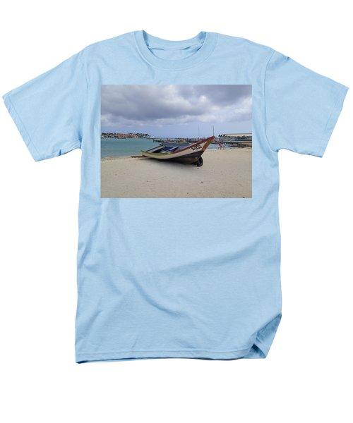 Aruba Beach Men's T-Shirt  (Regular Fit) by Lois Lepisto