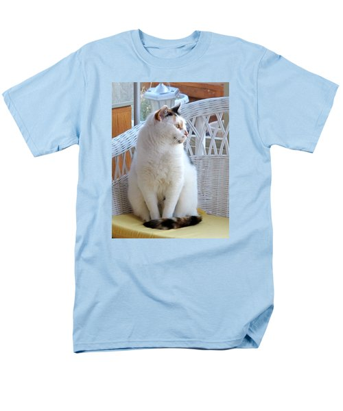 Men's T-Shirt  (Regular Fit) featuring the photograph Beauty In White by Phyllis Kaltenbach