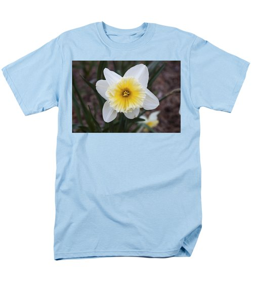 Men's T-Shirt  (Regular Fit) featuring the photograph Daffodil At Black Creek by Jeff Severson